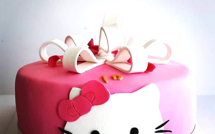 Awe Inspiring Custom Cakes Jerusalem Custom Wedding Birthday Bar Bar Personalised Birthday Cards Petedlily Jamesorg